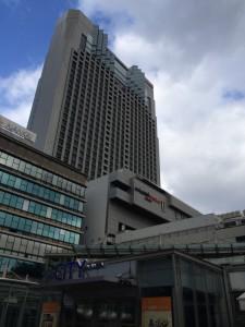 大阪モントレ